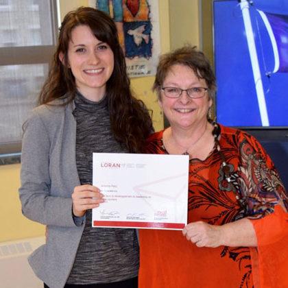 Emily Hodgson (Boursière Loran 2012) et son ancienne enseignante Johanne Patry